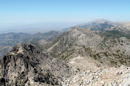 Looking west, with Cerro Lucerillo to the left and La Maroma on the horizon