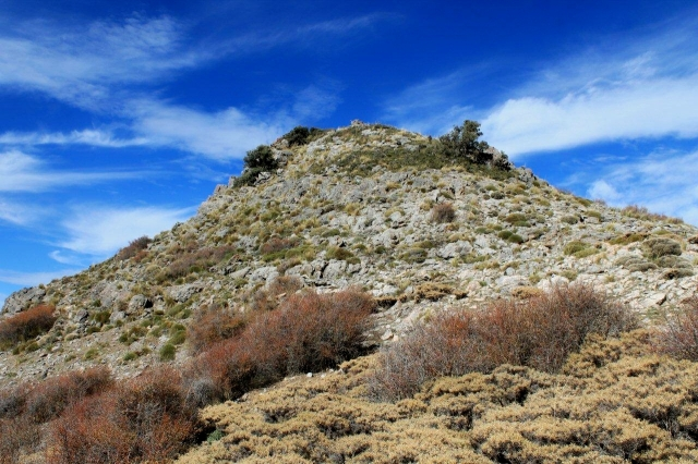 The summit of Cerro del Mirador is much more fun